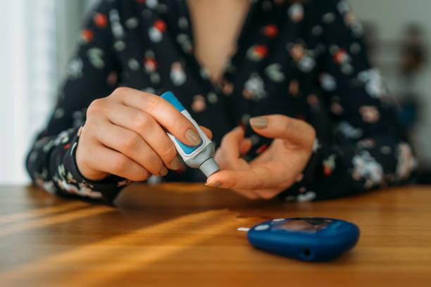 Diabetes doing blood glucose measurement