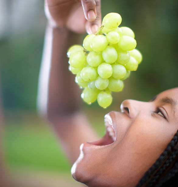 Grapes Can Protects against viruses and infections